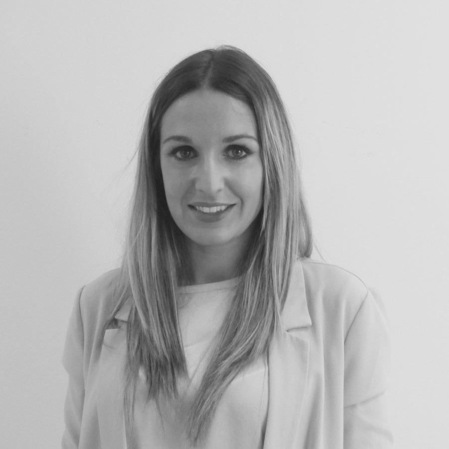 Miriam Conde Clínica Dental Calas Cádiz